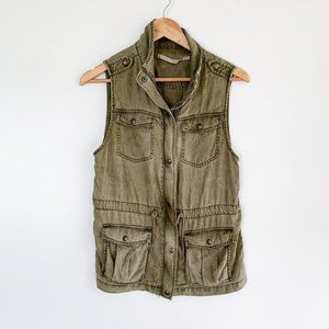 Max Jeans Utility Cargo Vest Jacket in Olive